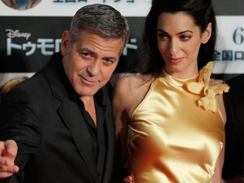 Bild zu George & Amal Clooney