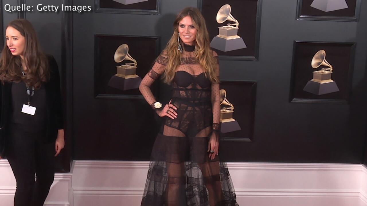 Bild zu Heidi Klum: Sie kam halbnackt zu den Grammys