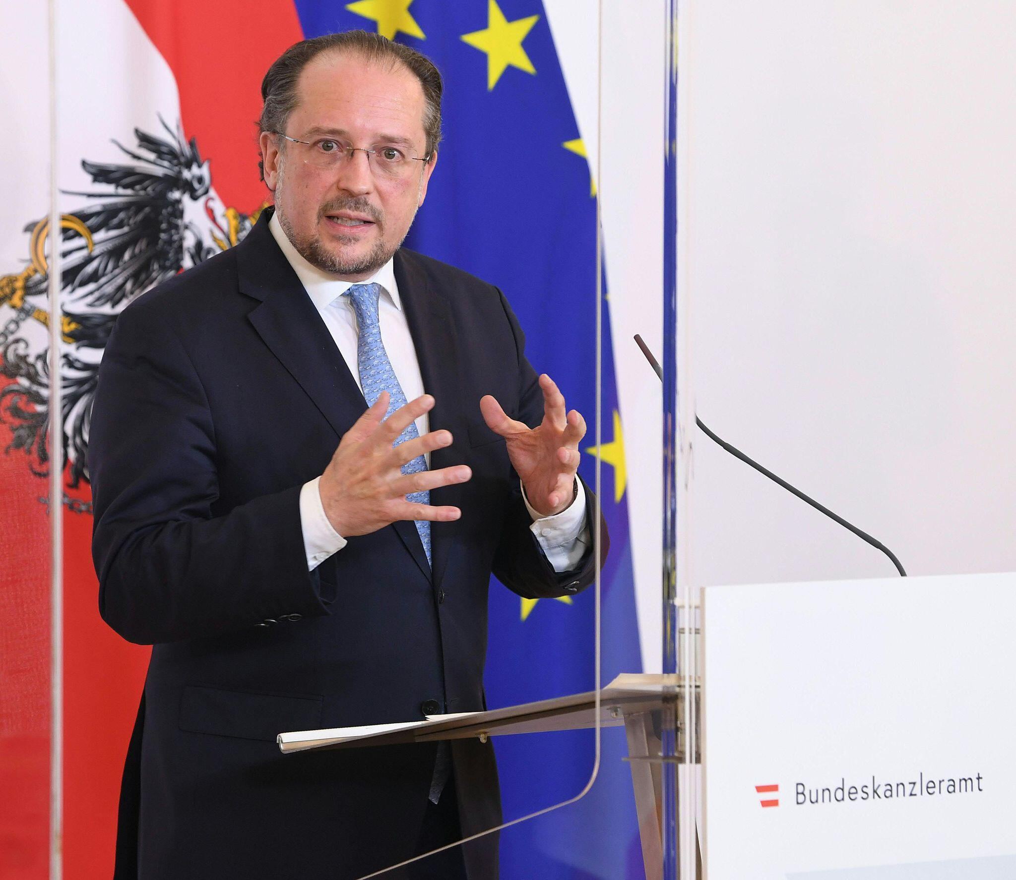 Bild zu Österreichs Außenminister positiv auf Coronavirus getestet