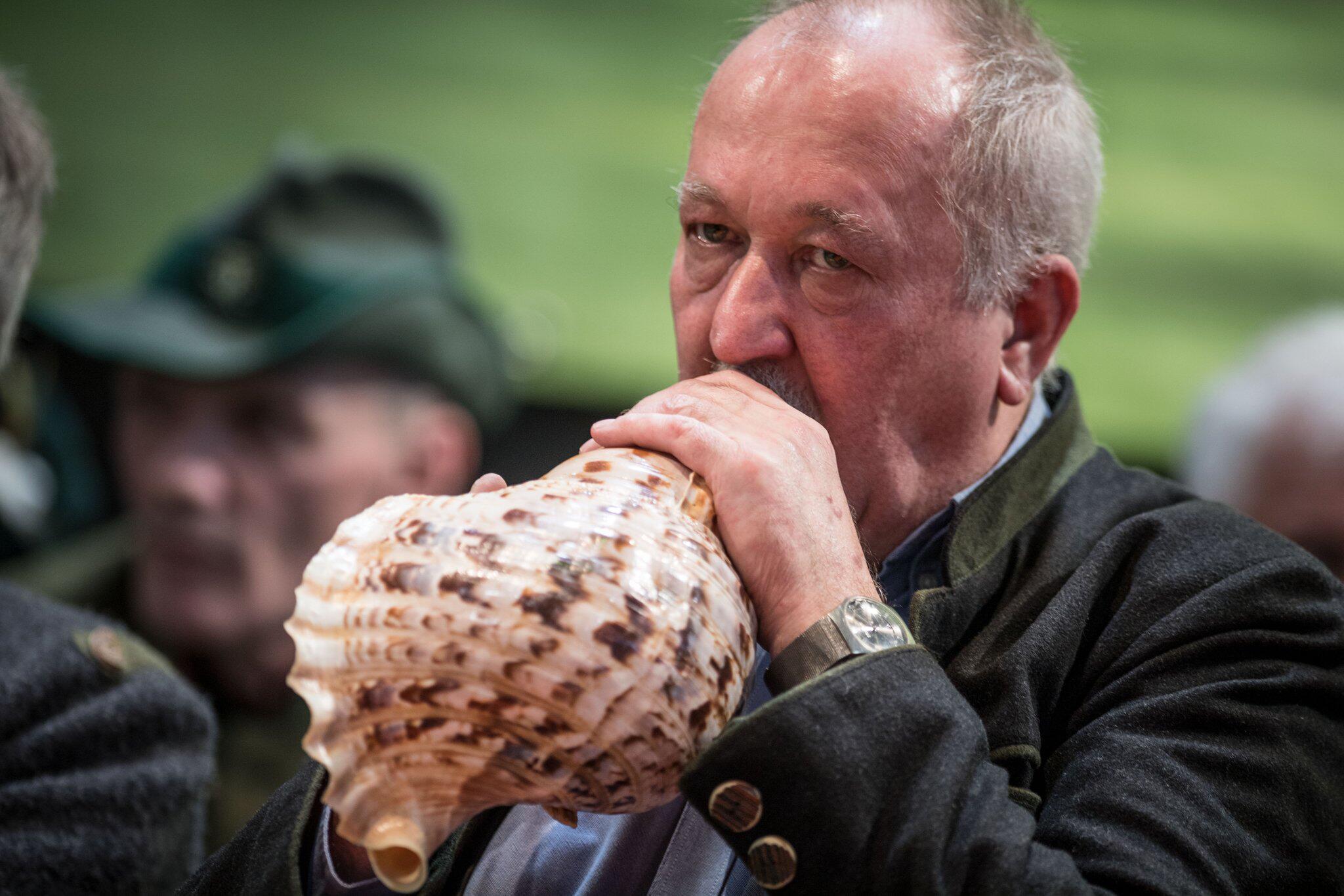 Bild zu Deutsche Meisterschaft der Hirschrufer