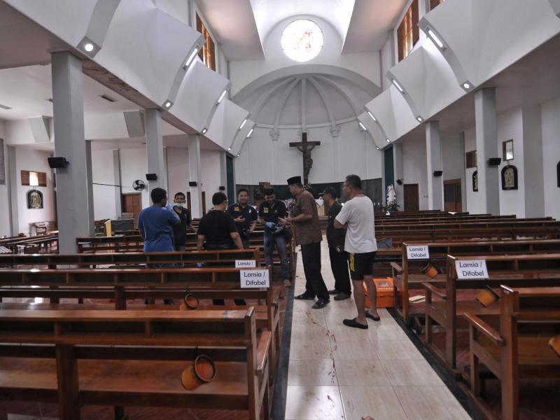 Bild zu Kirche