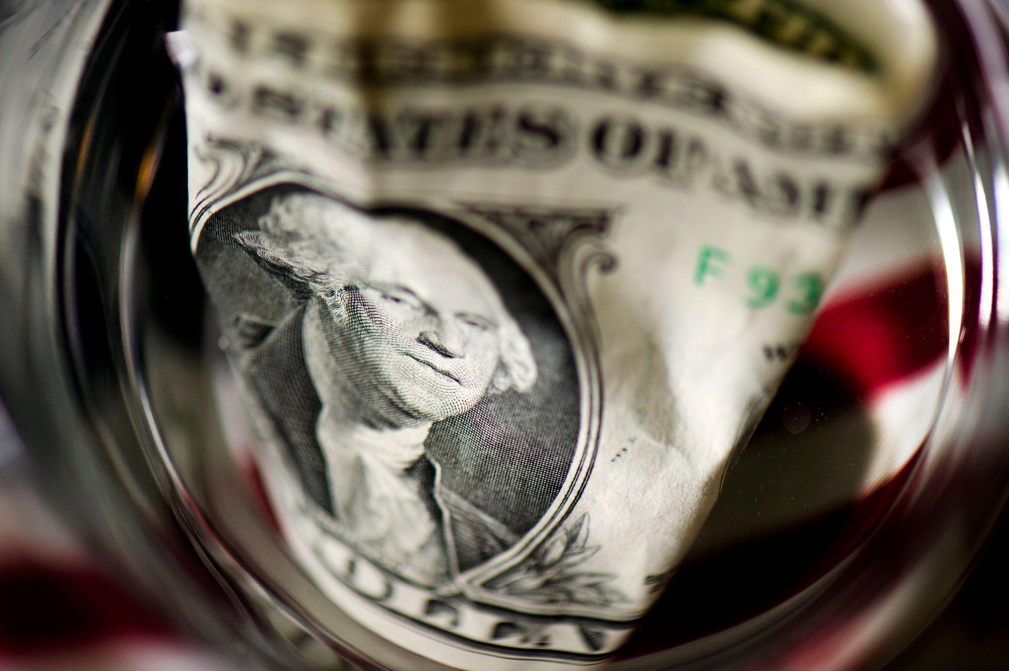 Bild zu Dollar-Note