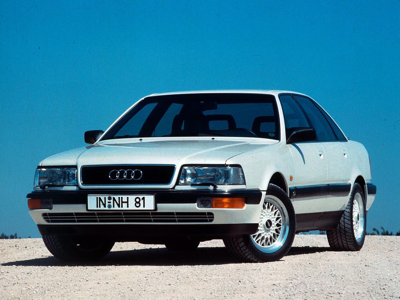 Bild zu Platz 9: Audi V8