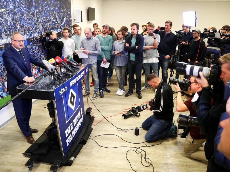Bild zu Pressekonferenz
