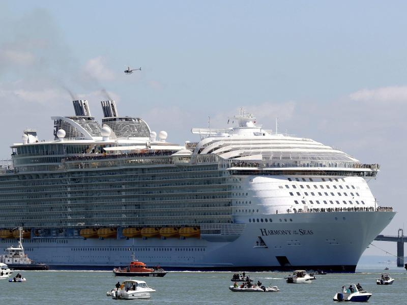 Bild zu Oasis-Klasse Kreuzfahrtschiff
