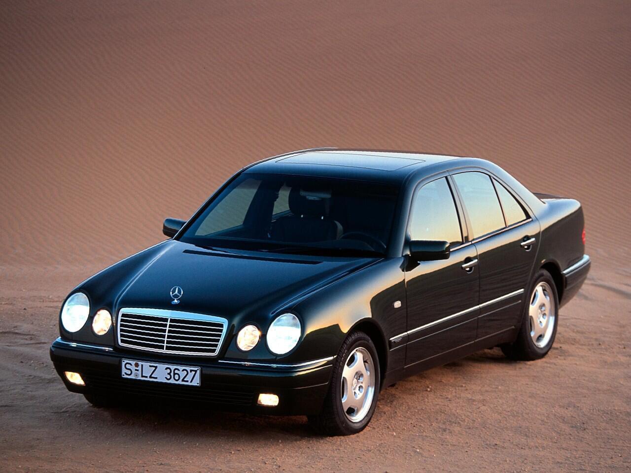 Bild zu Platz 4: Mercedes E-Klasse (W 210)
