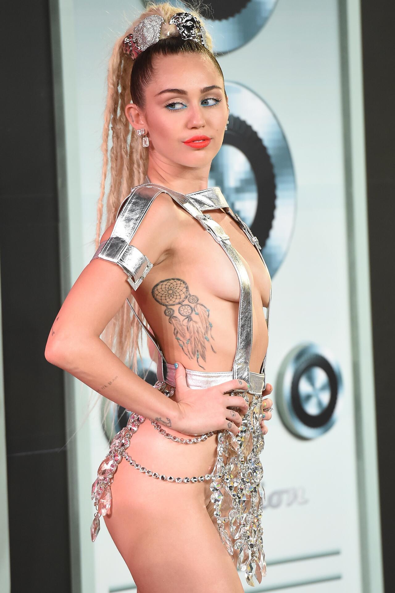 Miley Cyrus So Sexy mostra a Miley oggi non più-6638