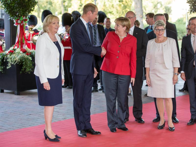 Bild zu Prinz William in NRW