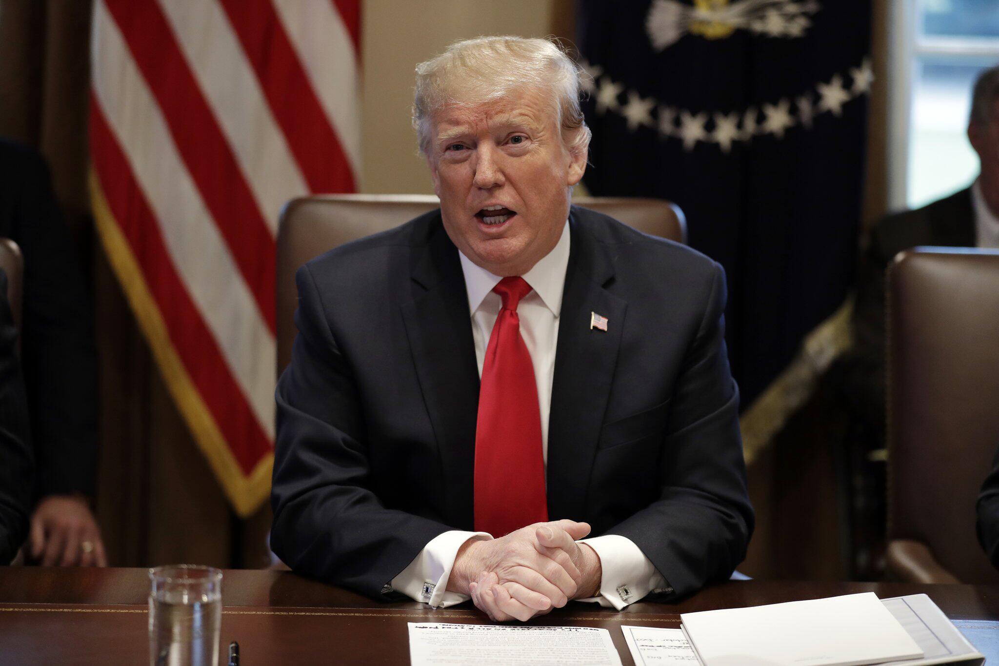 Bild zu Kabinettssitzung im Weißen Haus