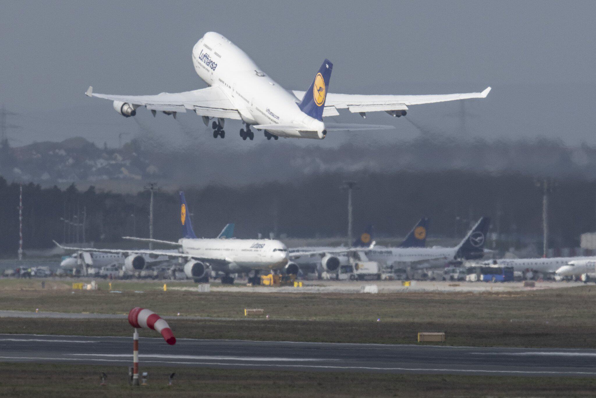 Bild zu Coronavirus - Flughafen Frankfurt