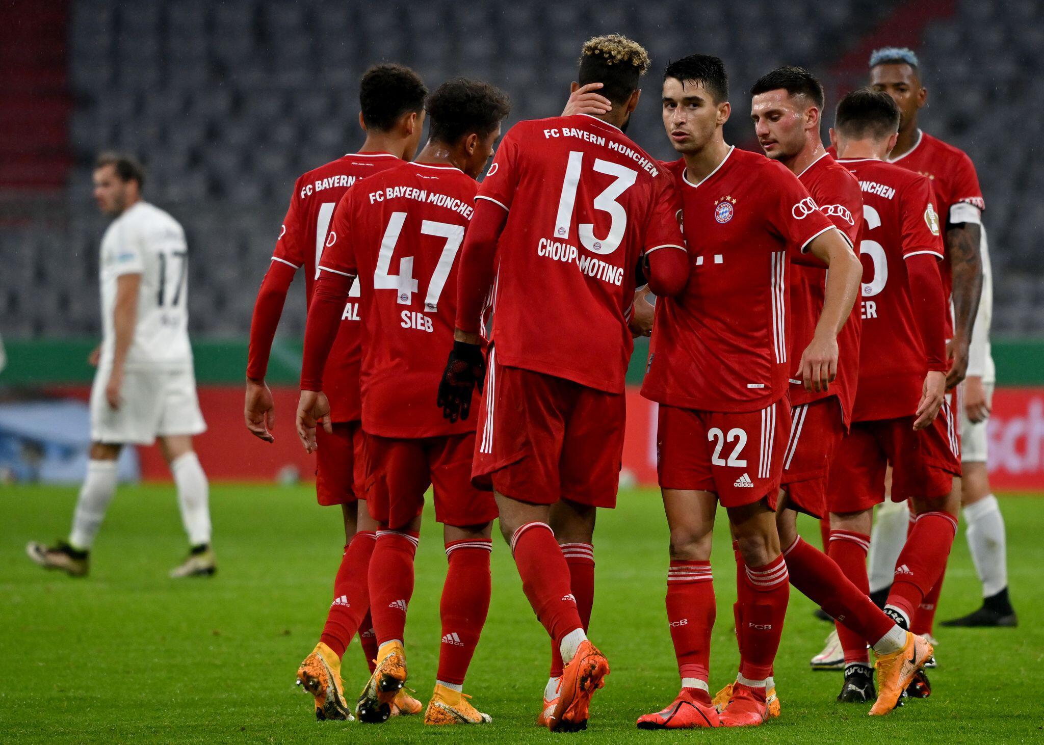 Bild zu 1. FC Düren - Bayern München