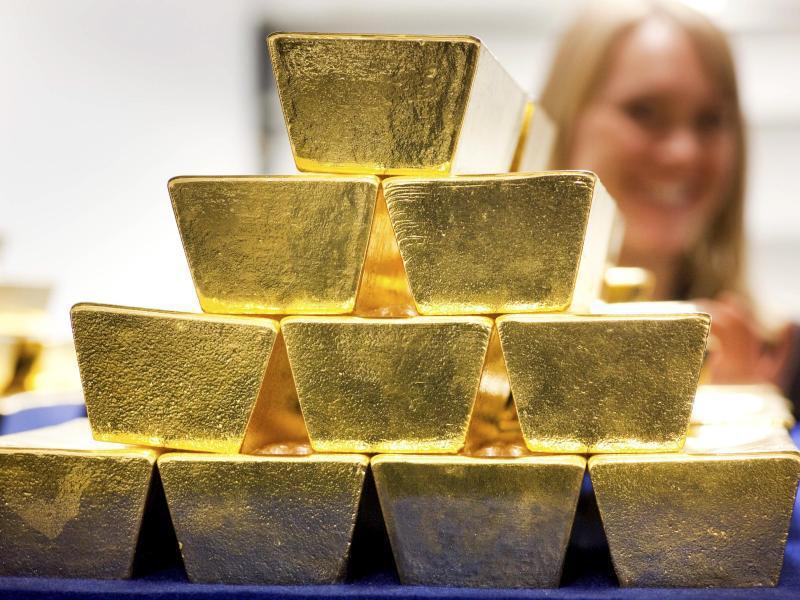 Bild zu Goldbarren lagern in einem Tresor