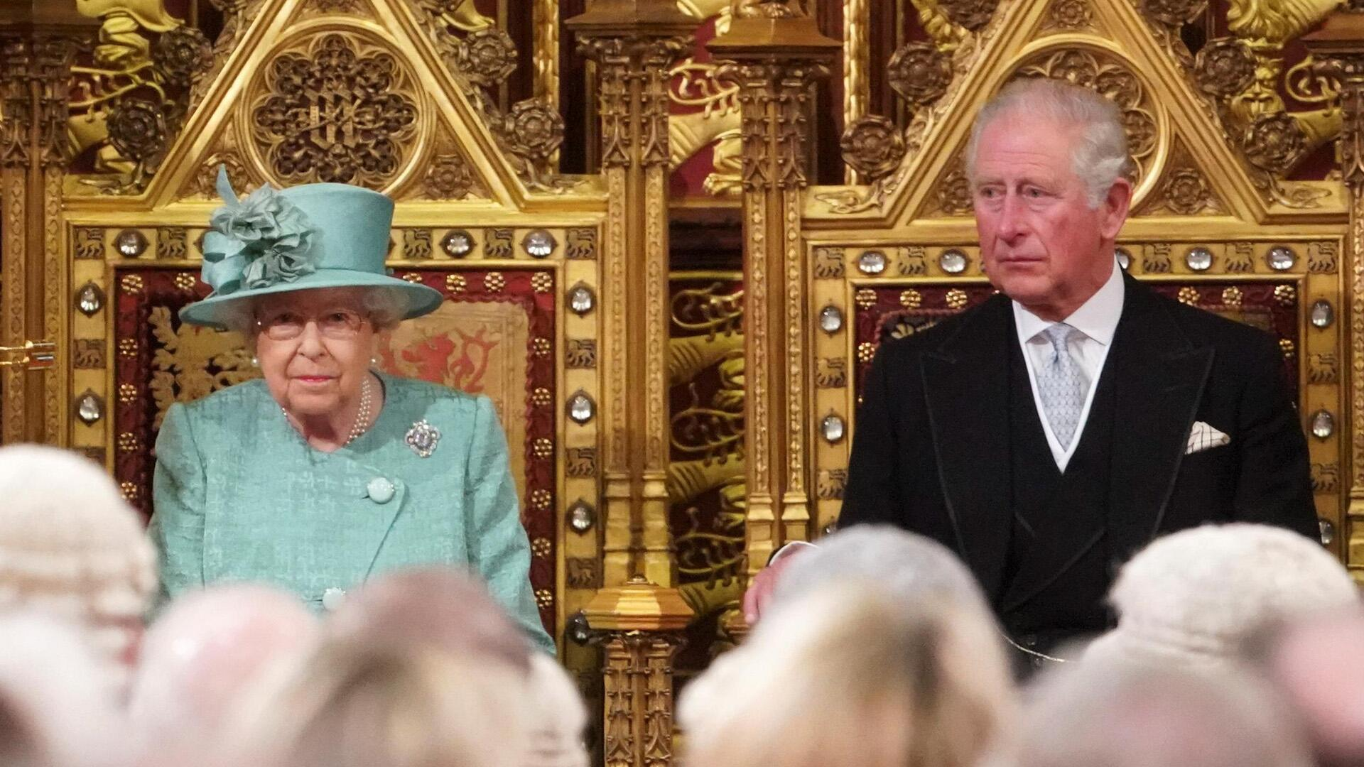 Bild zu Queen Elizabeth II., Prinz Charles