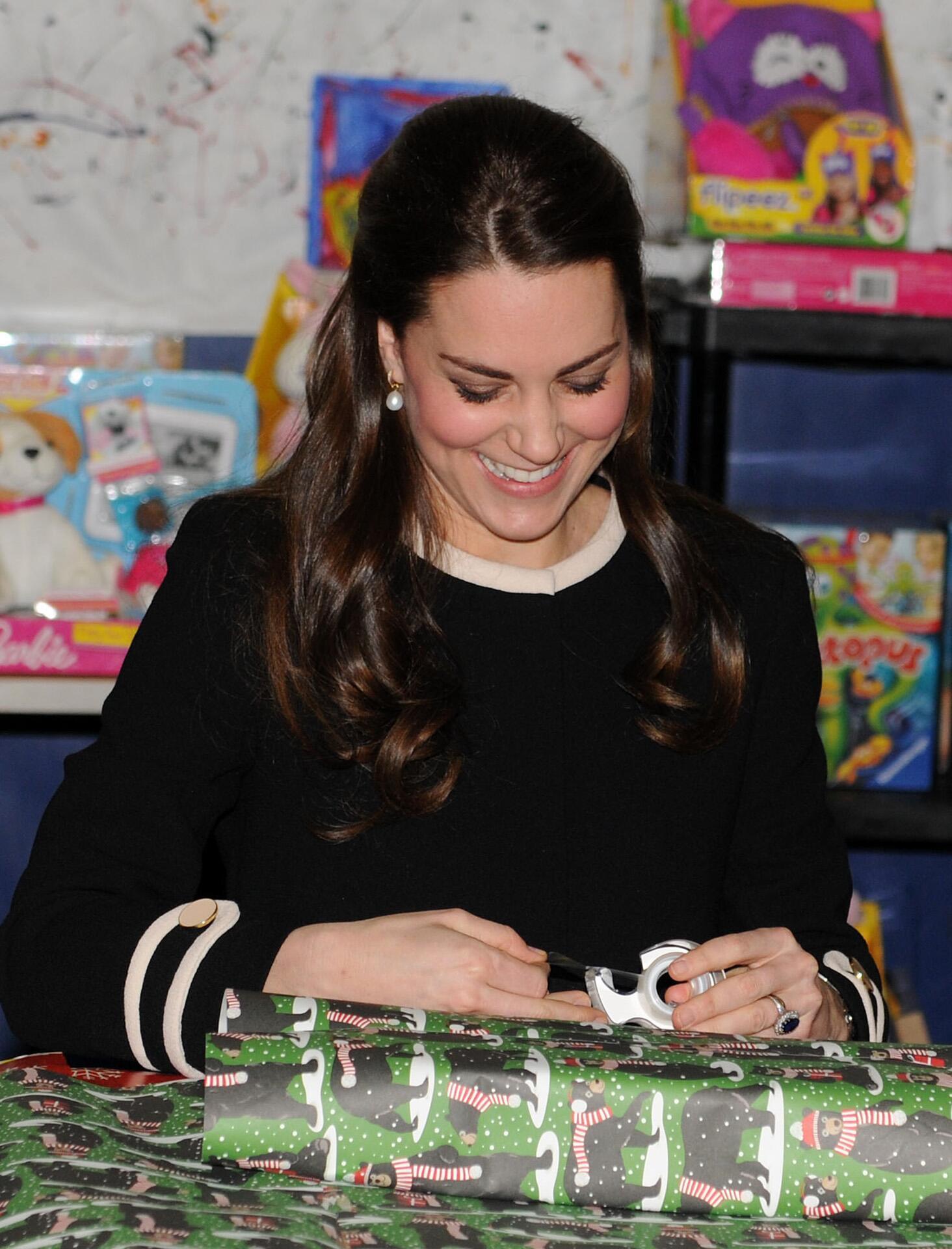 Bild zu Herzogin Kate, Geschenke, Royals, Weihnachten