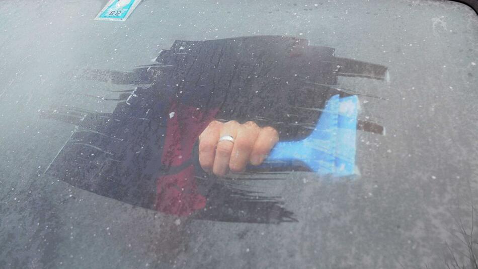 Von innen gefrorene Autoscheiben
