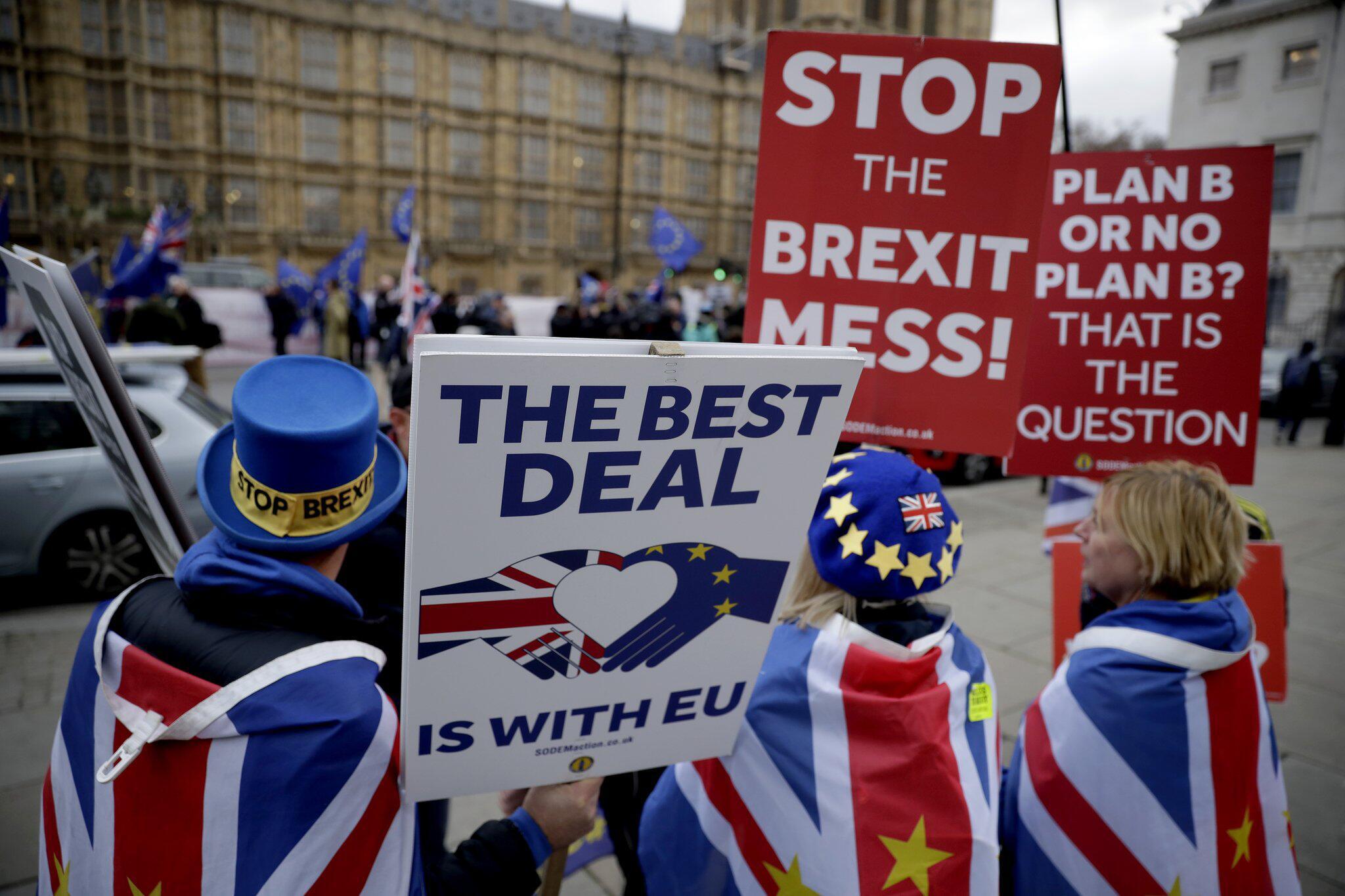Bild zu Britische Premierministerin May präsentiert Plan B