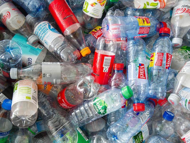 Bild zu Pfandflaschen
