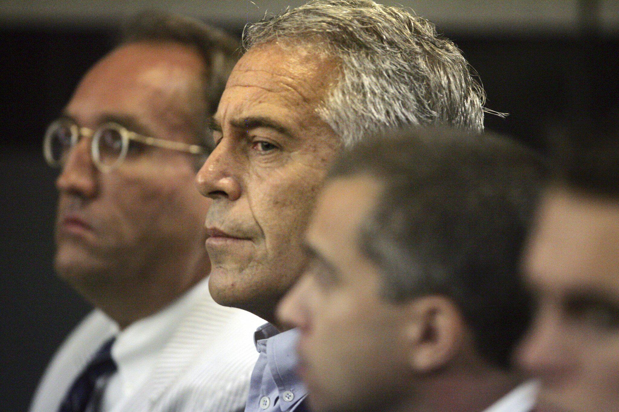 Bild zu Milliardär Epstein wegen Sexhandelsvorwürfen festgenommen