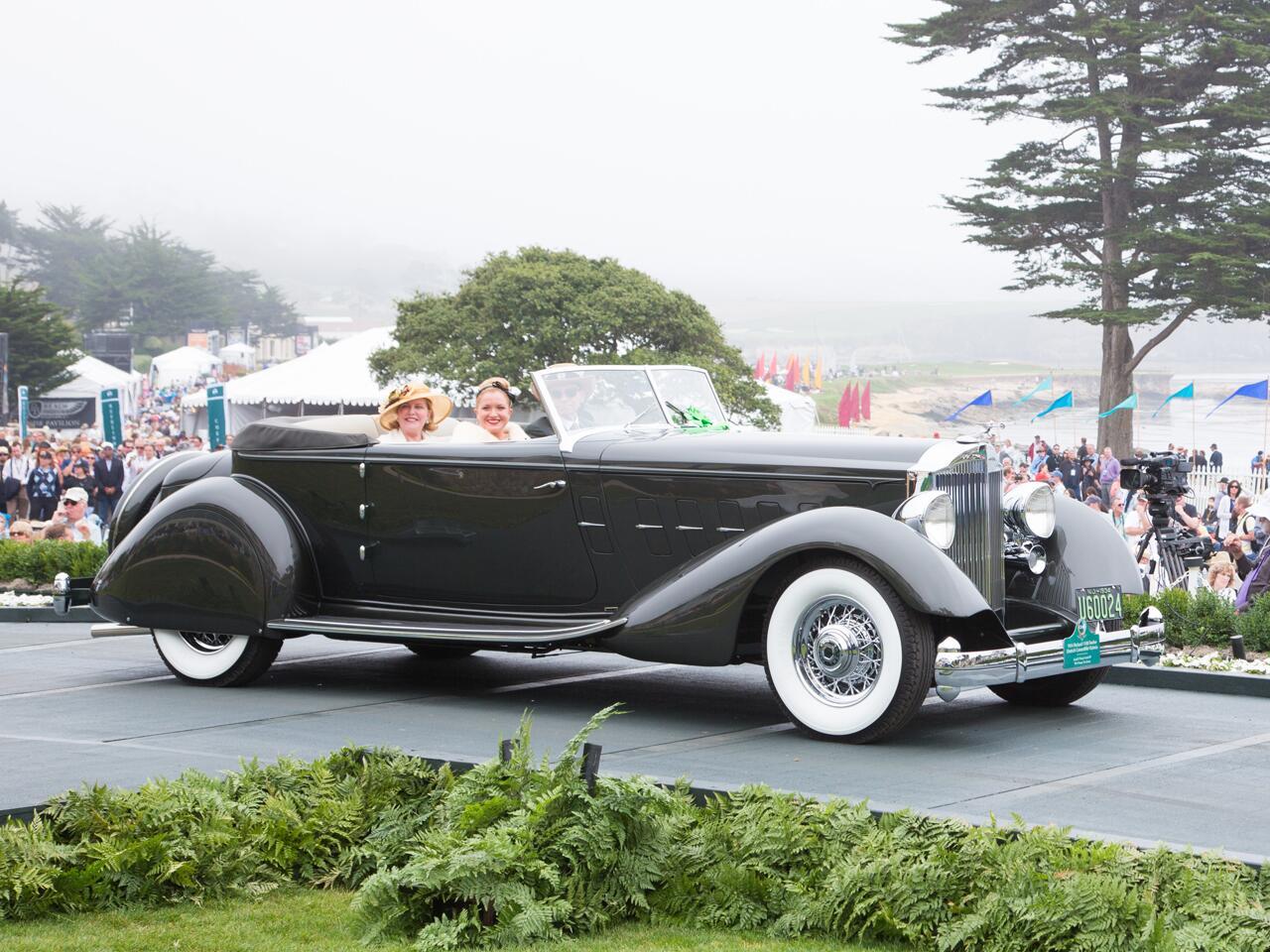 Bild zu Packard 1108 Twelve Dietrich Convertible Victoria