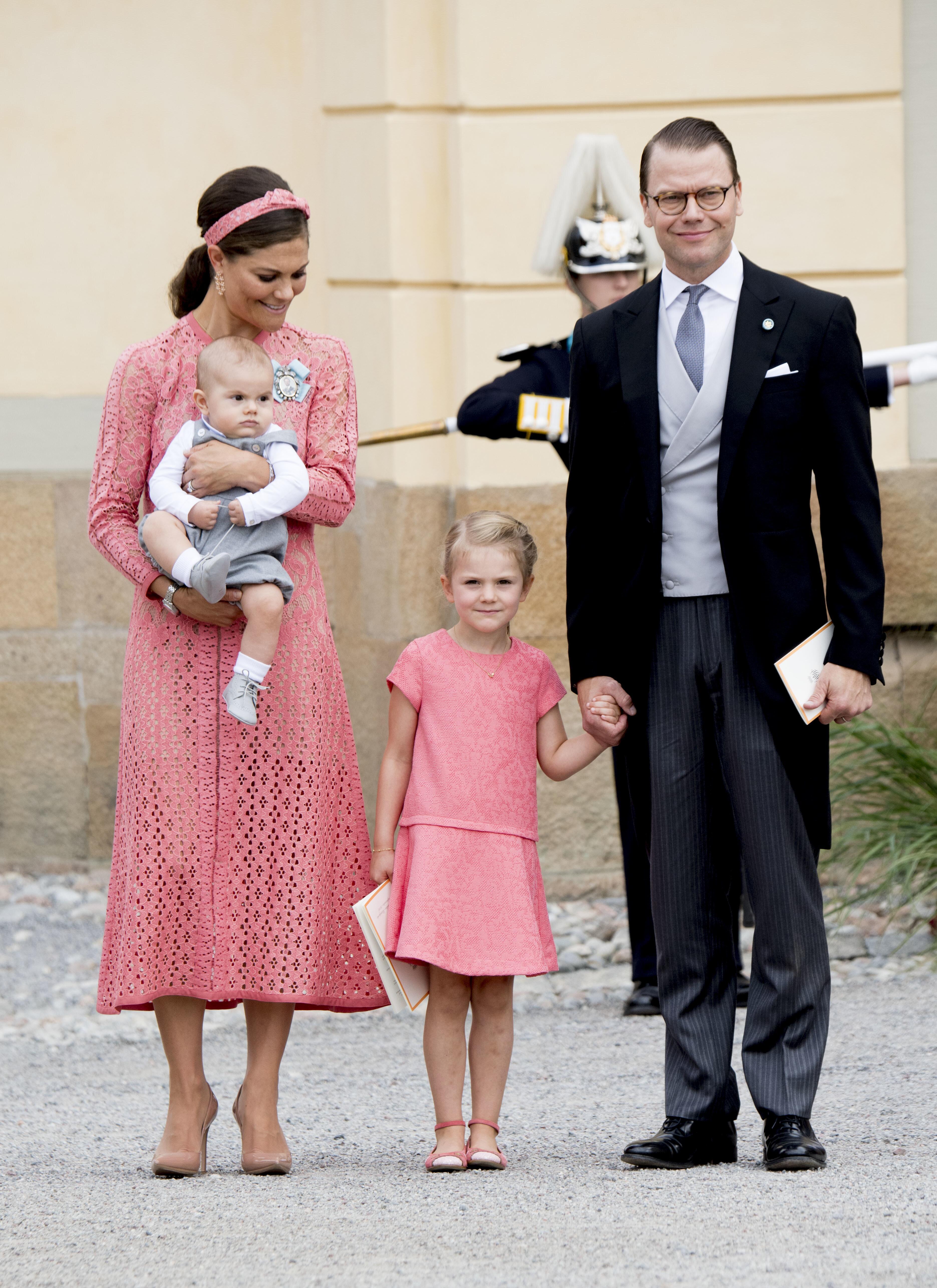 Bild zu Erster Geburtstag:Schweden feiert Prinz Oscar