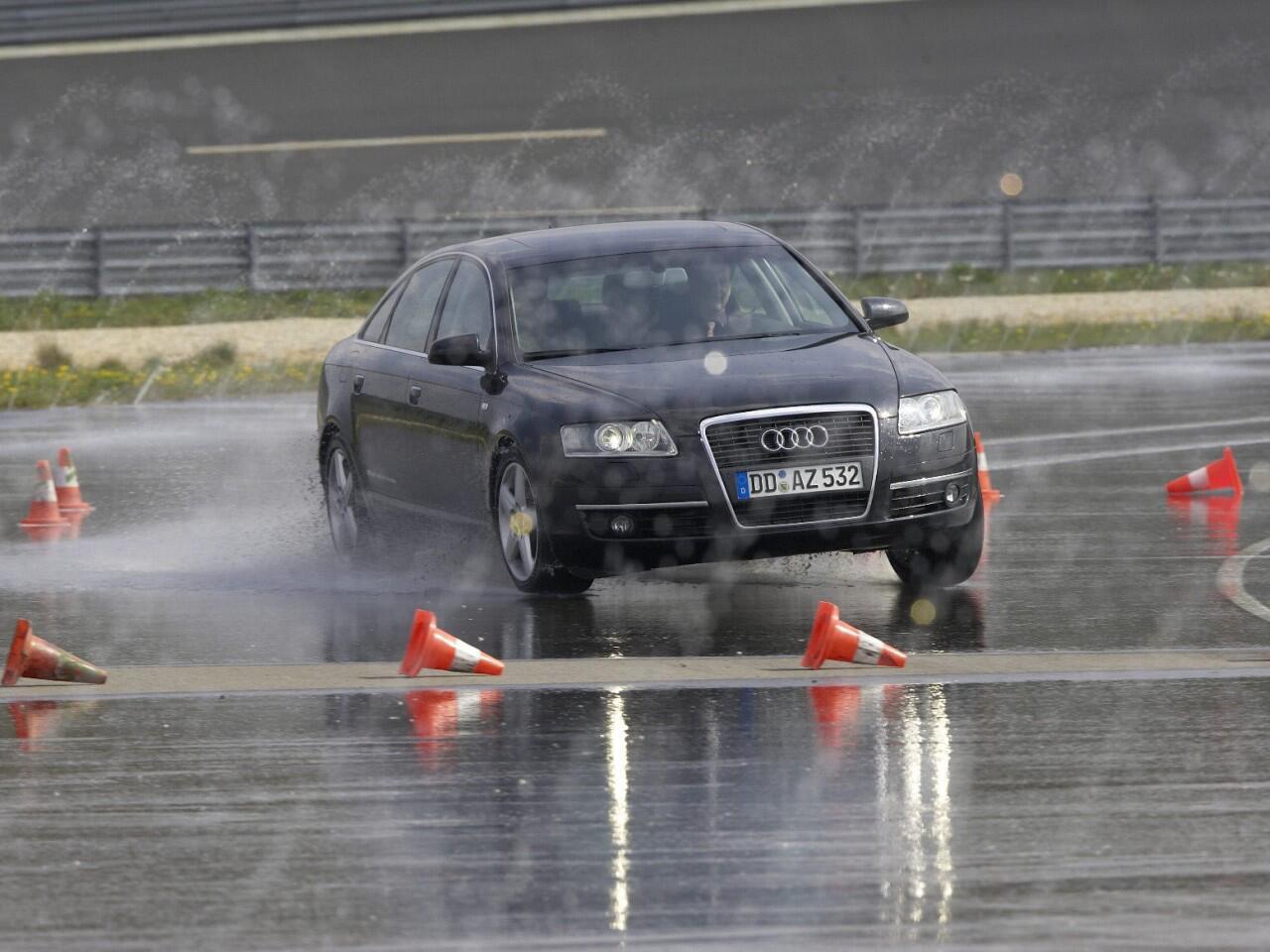Bild zu Fahrsicherheitstraining: Insbesondere für Fahranfänger zu empfehlen