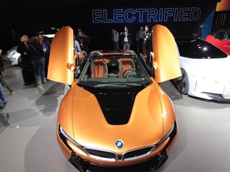 Bild zu BMW i8 als Roadster