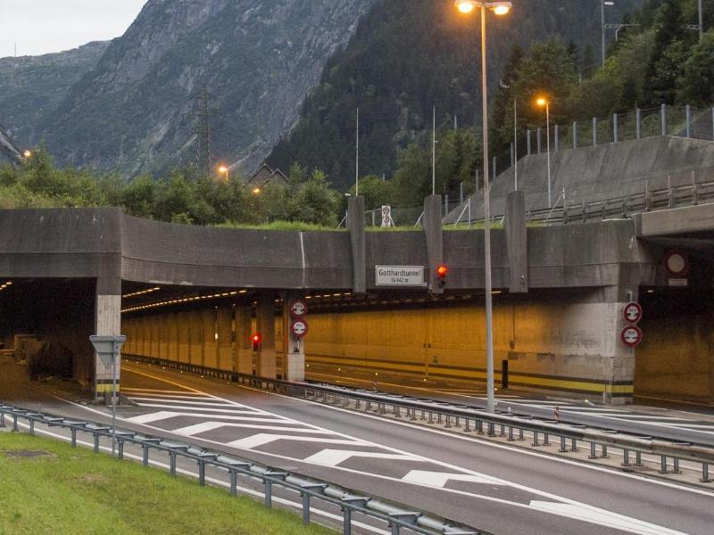Bild zu Gotthard-Tunnel