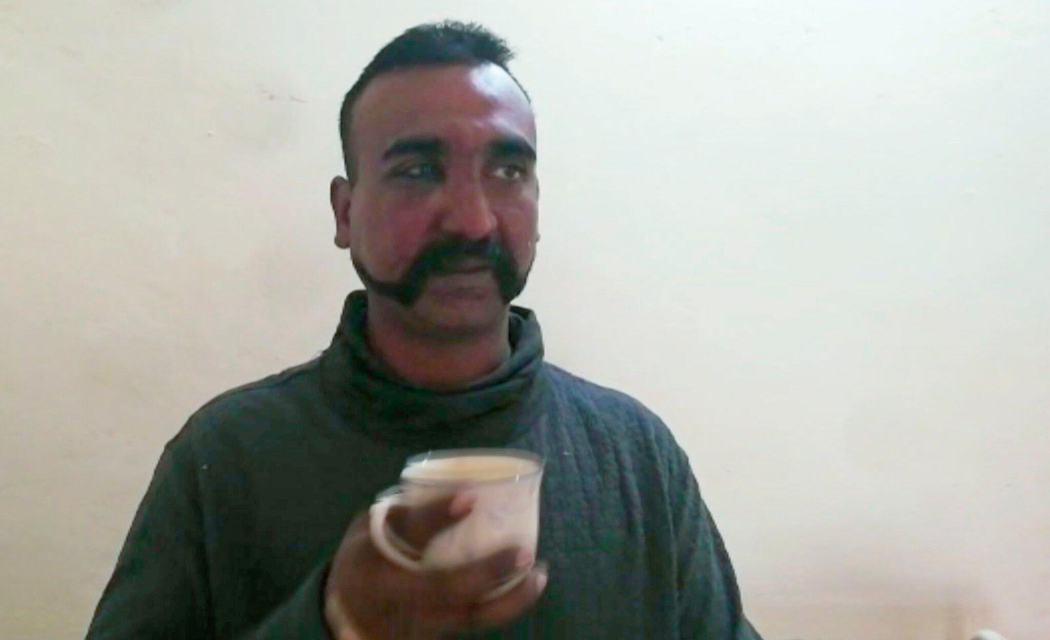 Bild zu Abgeschossener indischer Pilot