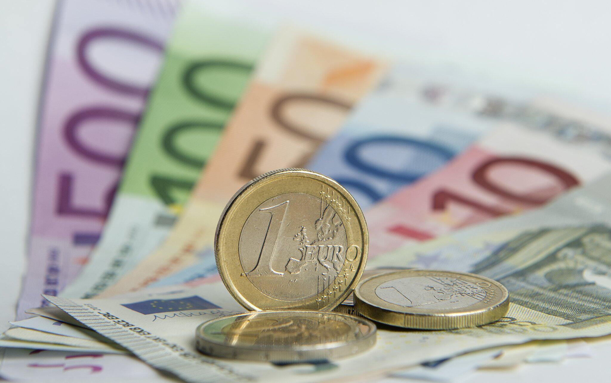 Bild zu Geld, Überweisung