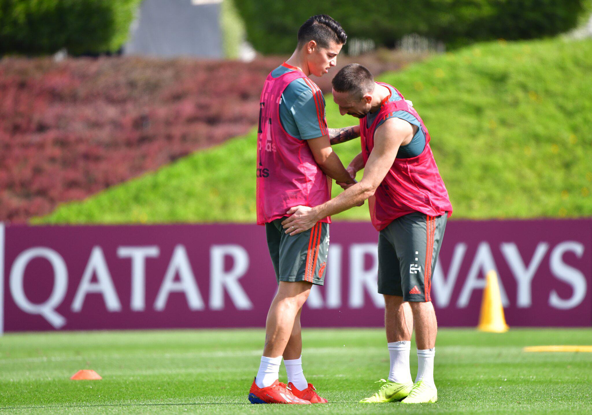 Bild zu James Rodriguez, Franck Ribéry, FC Bayern München, Trainingslager, Doha, Katar