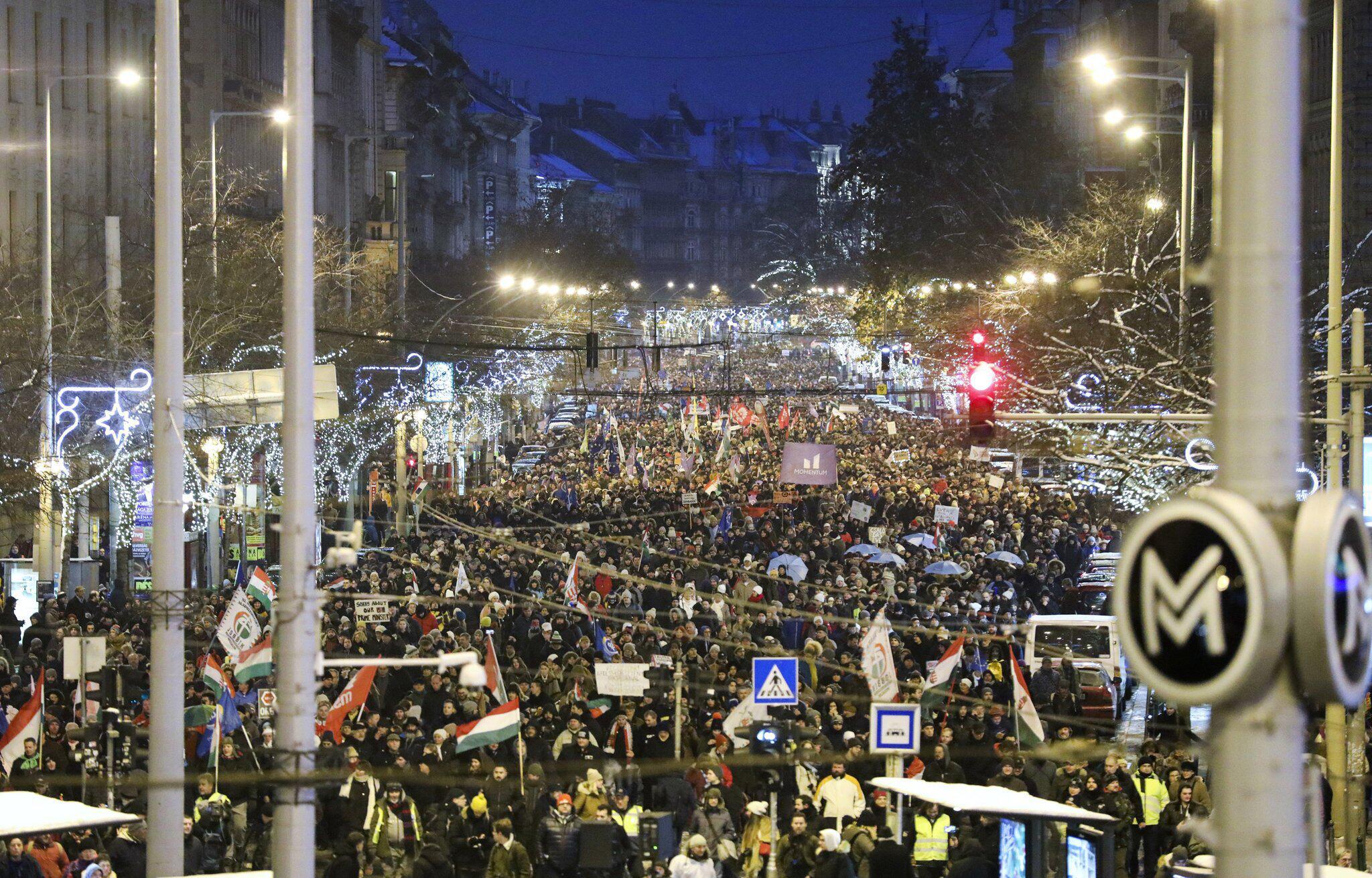 Bild zu Demonstration in Budapest