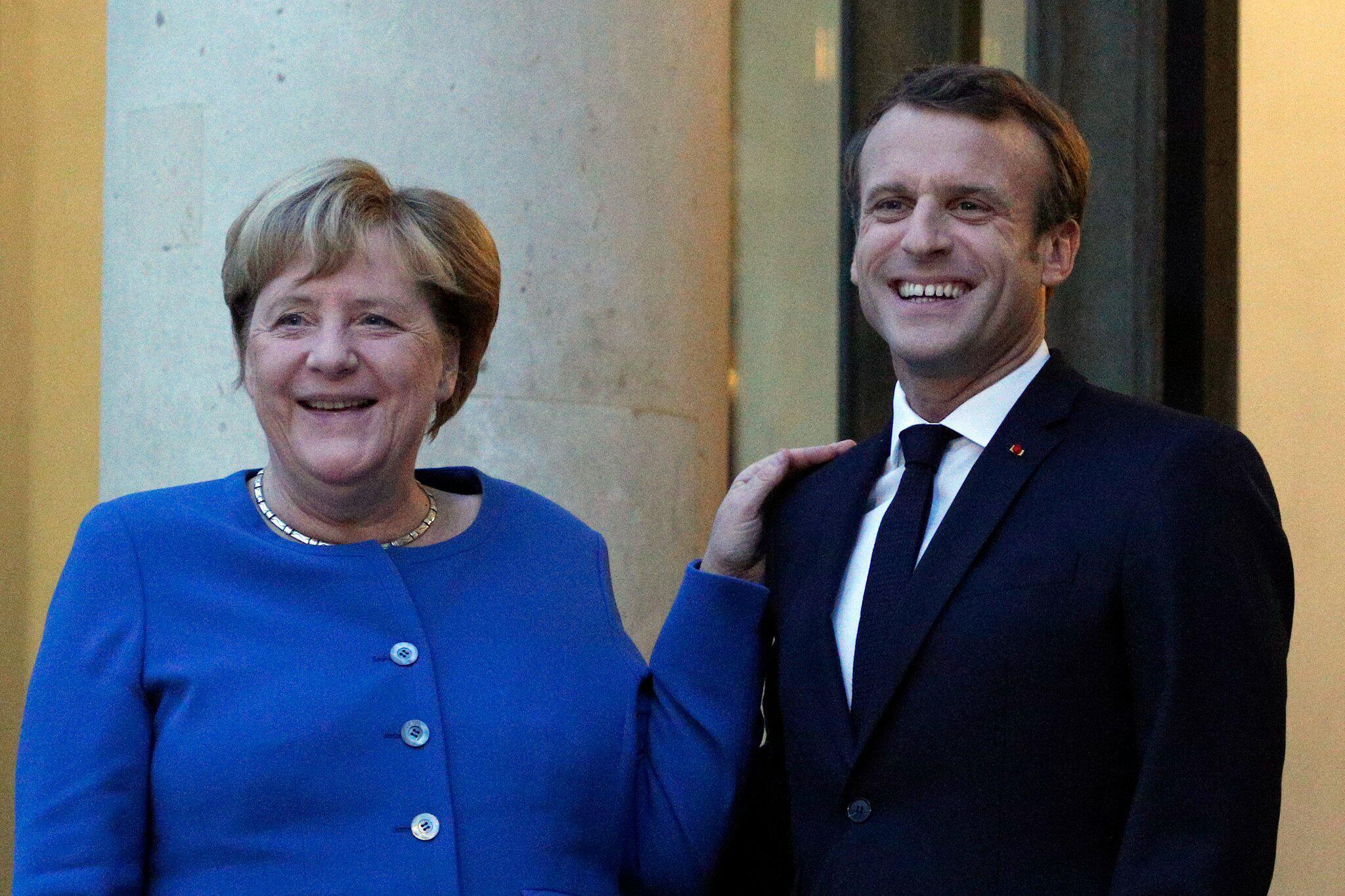 Bild zu Bundeskanzlerin Merkel trifft Präsidenten Macron