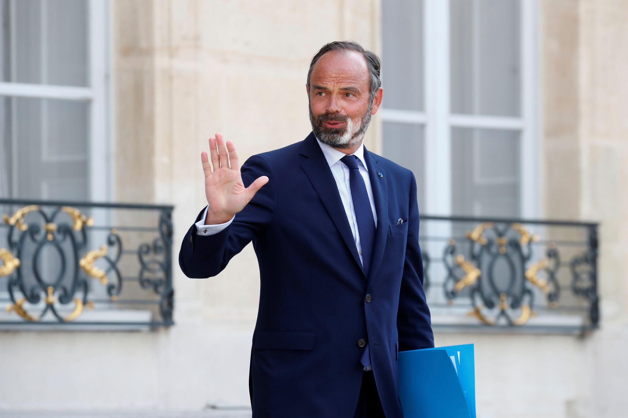 Bild zu Frankreichs Regierung reicht Rücktritt ein
