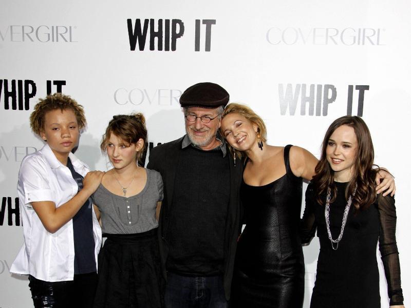Bild zu Steven Spielberg mit Kindern