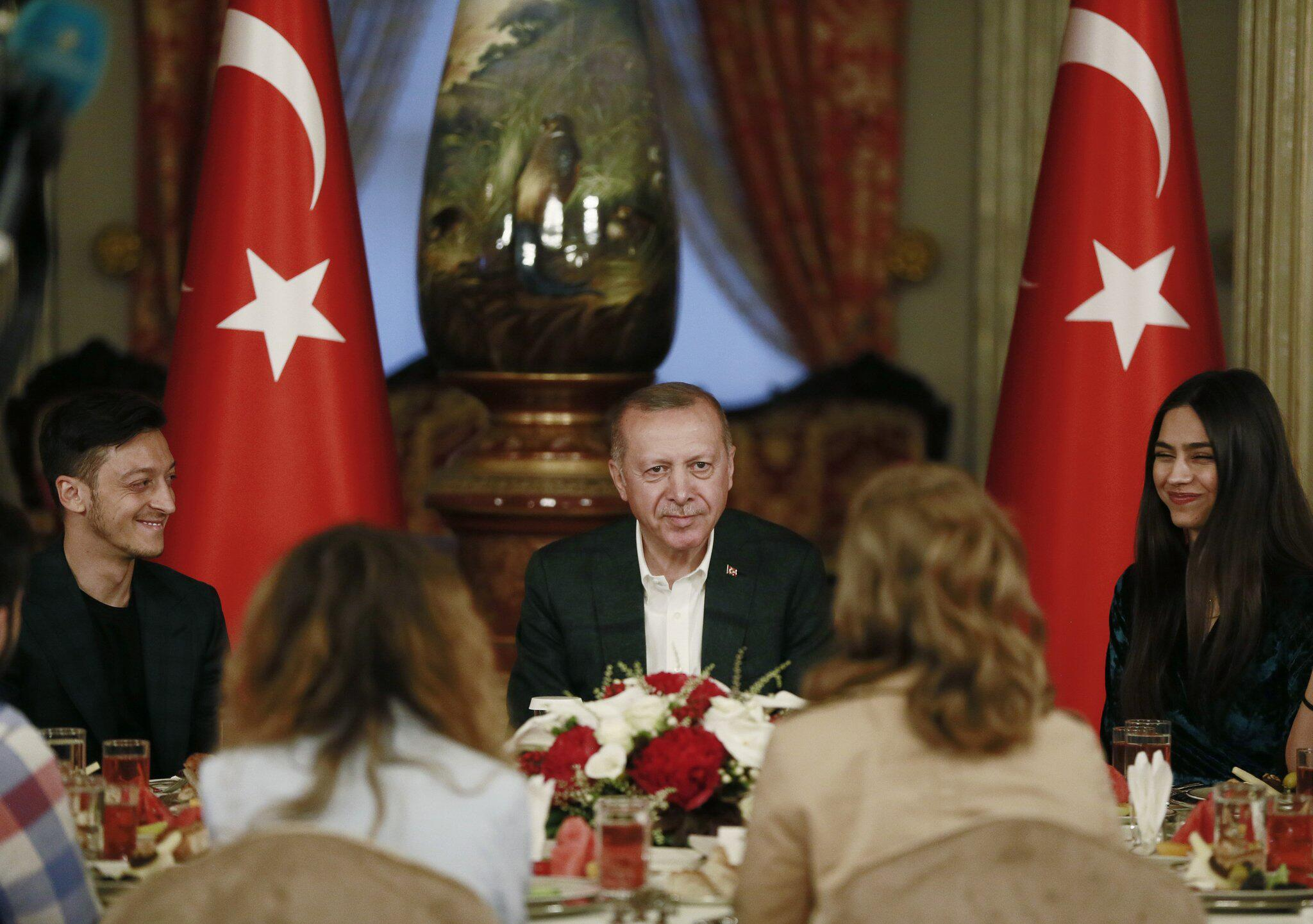 Mesut özil Tayyip Erdoğan