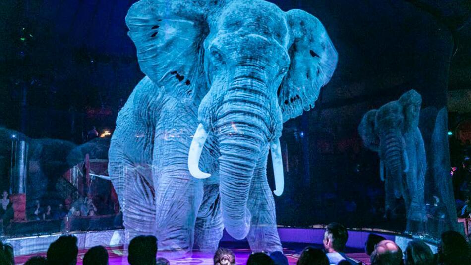 Tier-Hologramm im Circus Roncalli