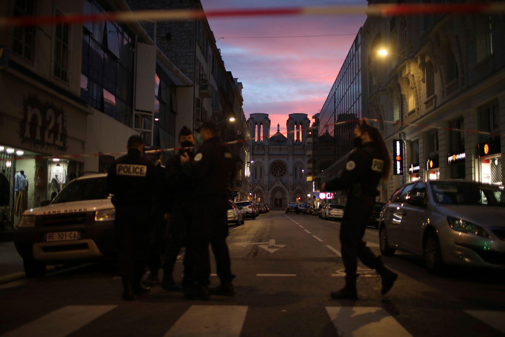Bild zu Messerattacke in Nizza
