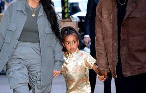 Lipgloss und Rouge: Kim Kardashian stylt Tochter (5) wie eine Erwachsene