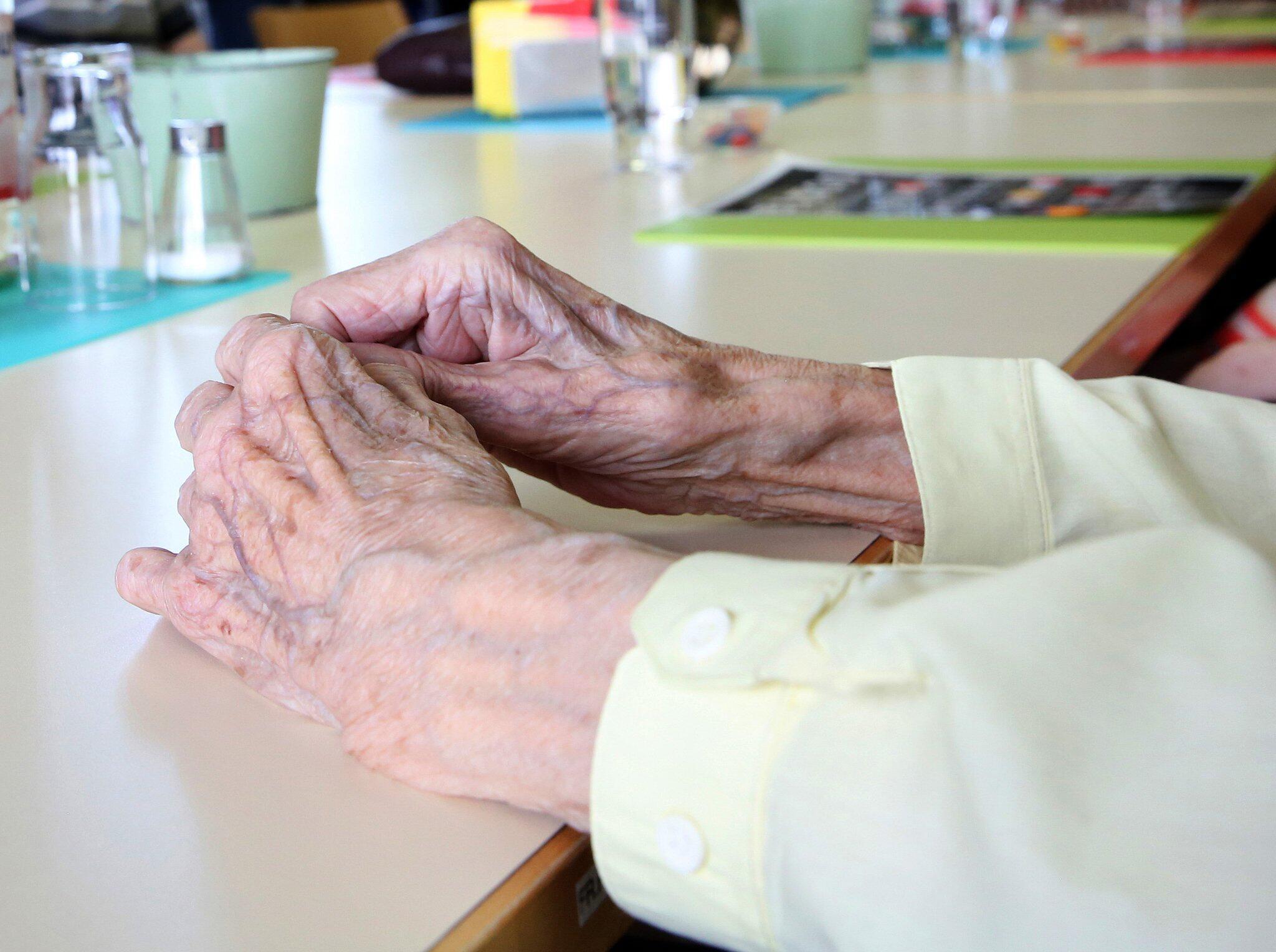 Bild zu Pflegeheim - Bewohnerin