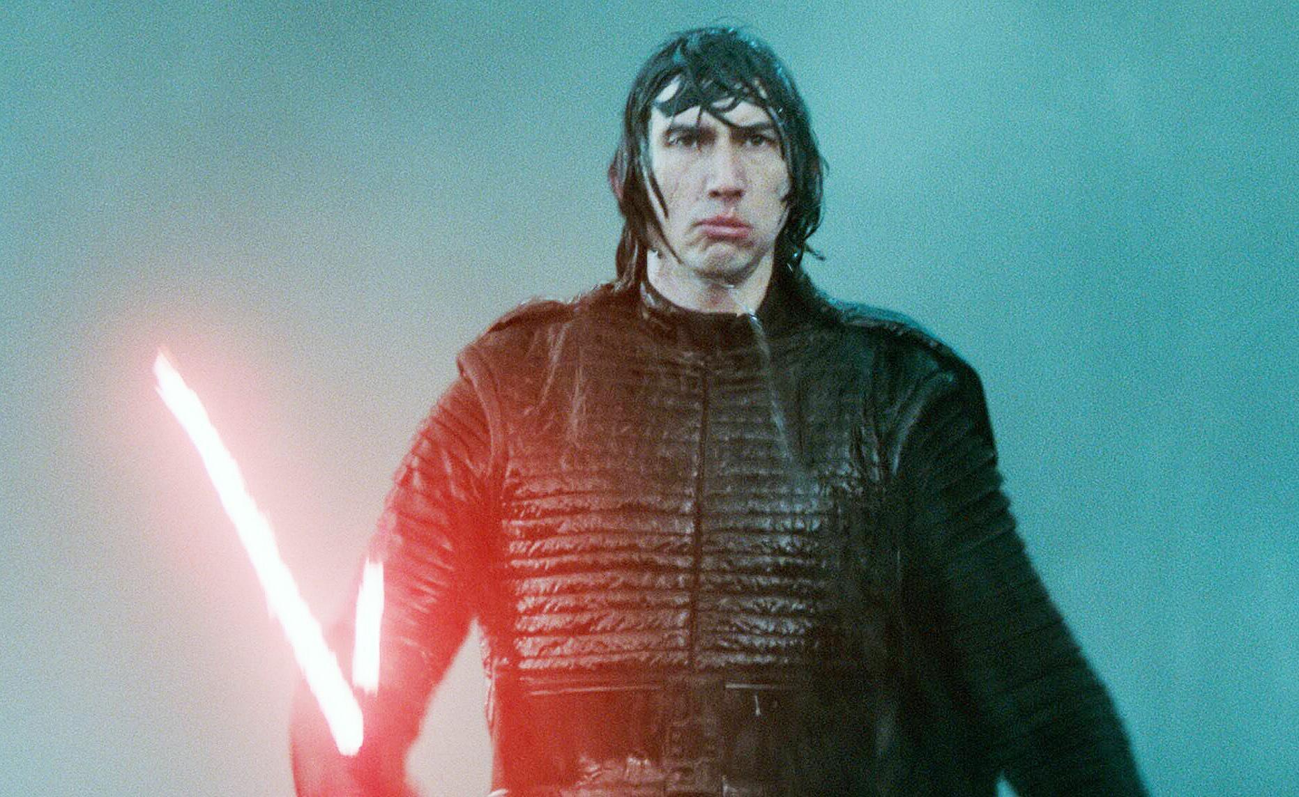 """Bild zu Adam Driver als Kylo Ren in """"Star Wars: Der Aufstieg Skywalkers"""""""