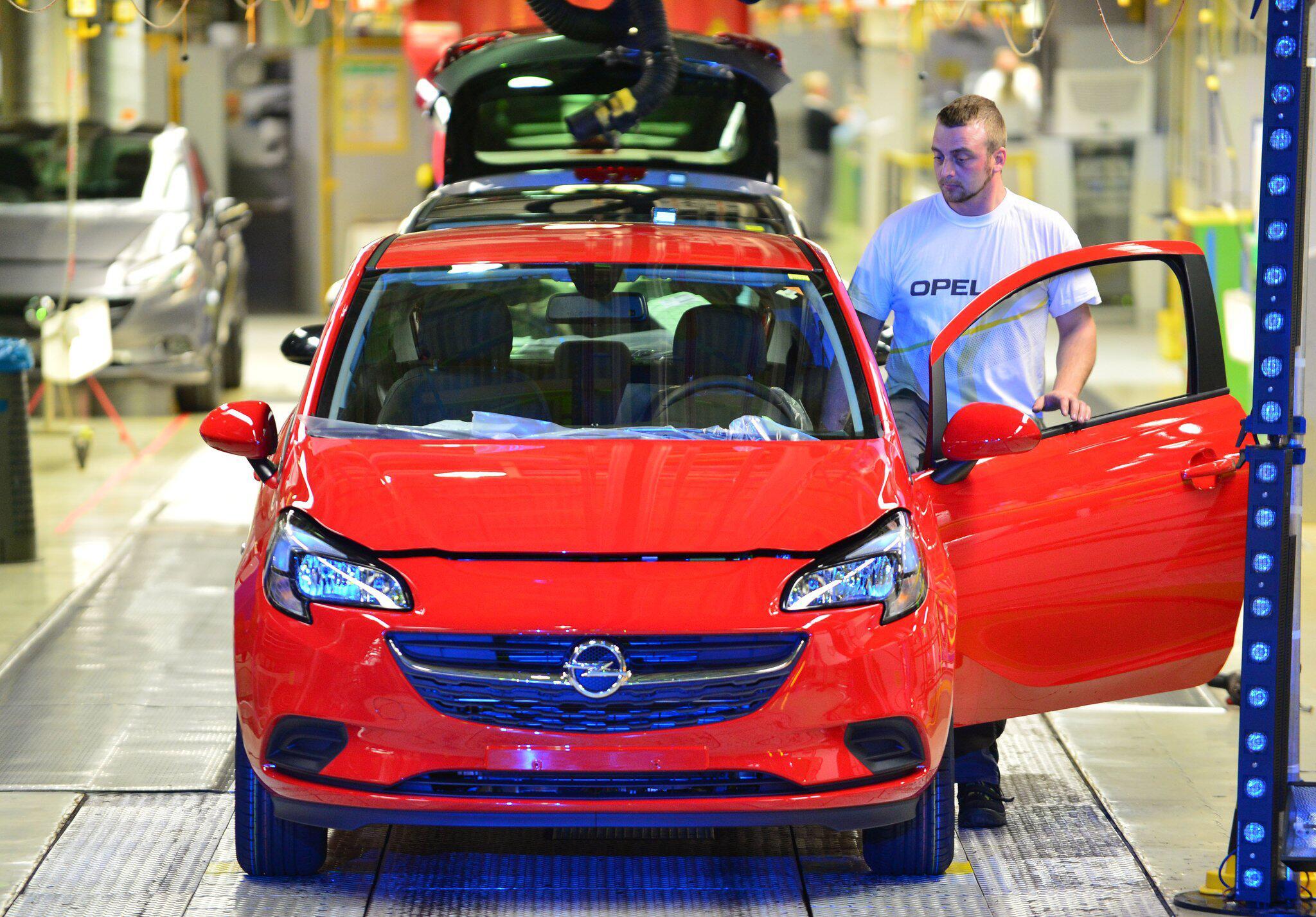 Bild zu Opel verdient wieder Geld