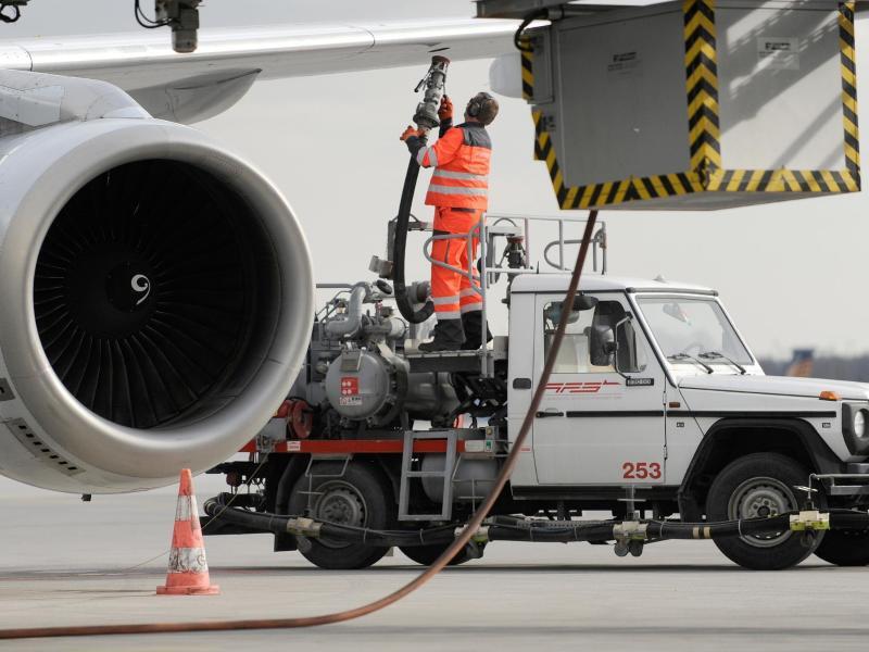 Bild zu Flugzeugbetankung